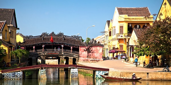 Glimpse of Vietnam in please tour package