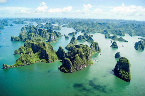 Experience Vietnam lifestyles in please tour package (hot)